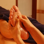 9 Unexpected Benefits Of Foot Massage That Make You Want To Have One Now