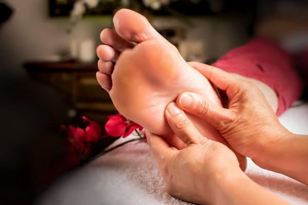 5-Massages-for-Pressure-Points-on-Feet-That-You-Can-Do-Anytime